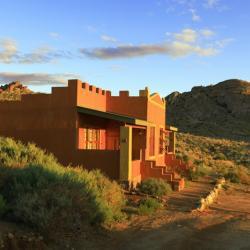 Chalet im Desert Horse Inn